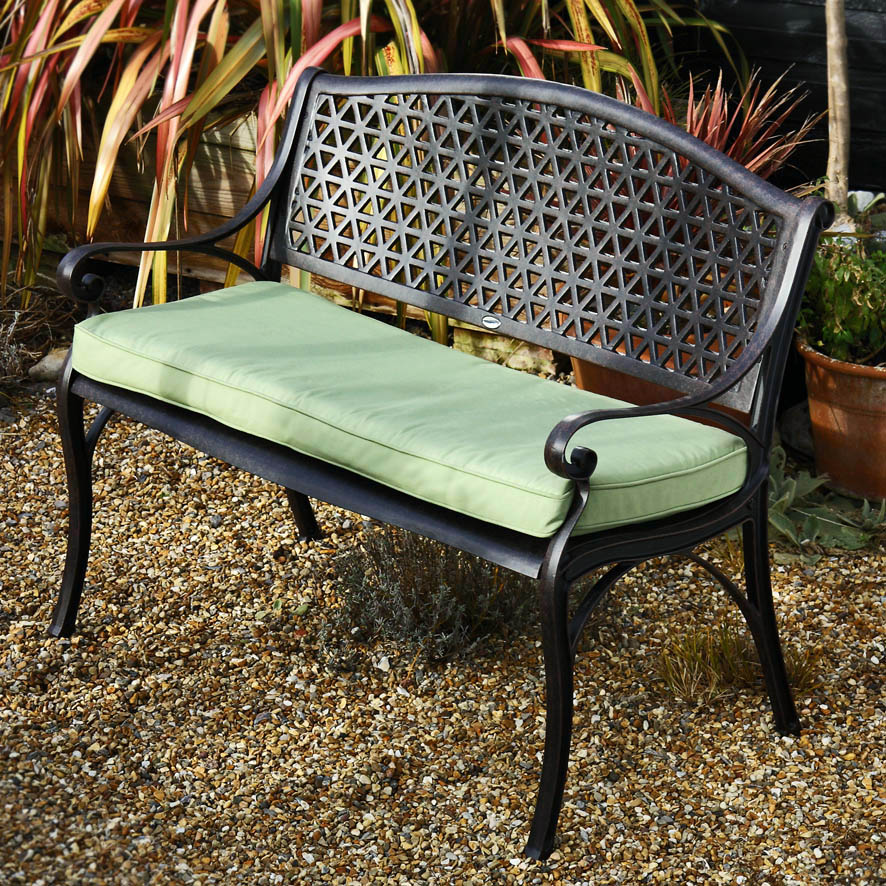 Banc_de_jardin_JULY