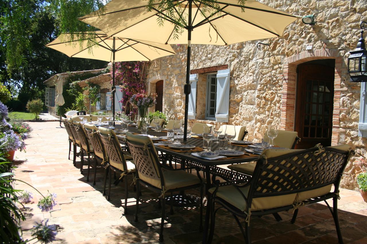 Grande table rectangulaire pour hotels et auberges