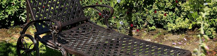 Mobilier de jardin sans entretien.